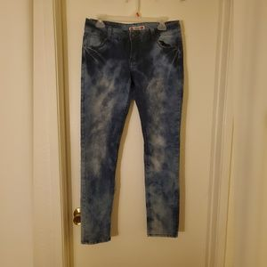 Forever 21 Low Rise Acid wash skinny jeans size 29